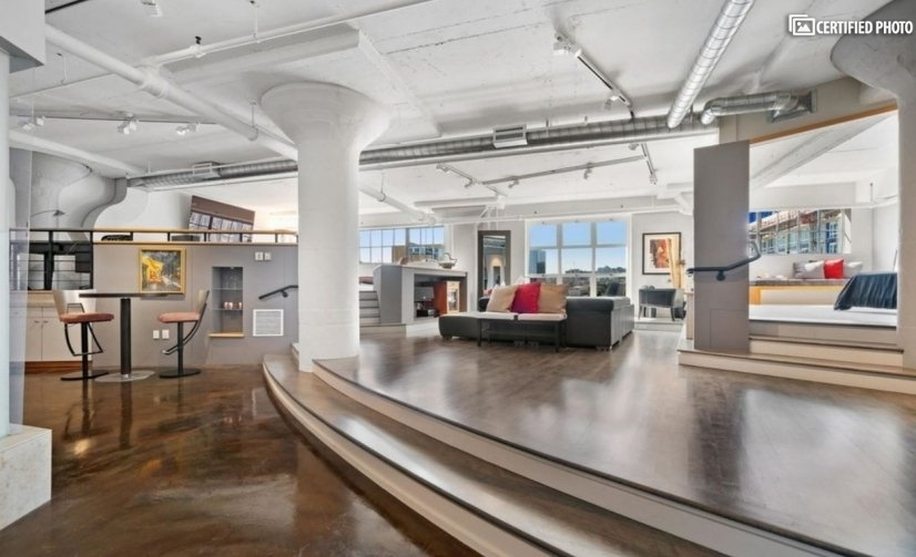 Luxury Loft Pearl District - Live & Work