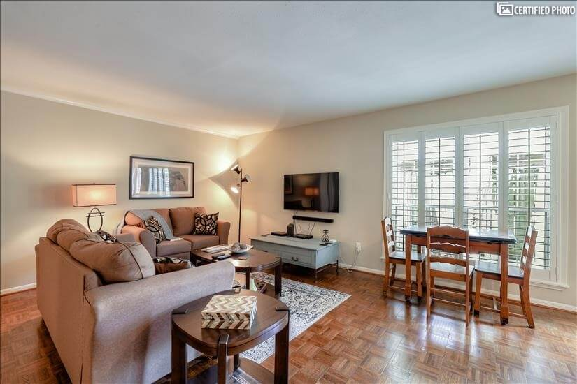 Houston Furnished 1 Bedroom with Office