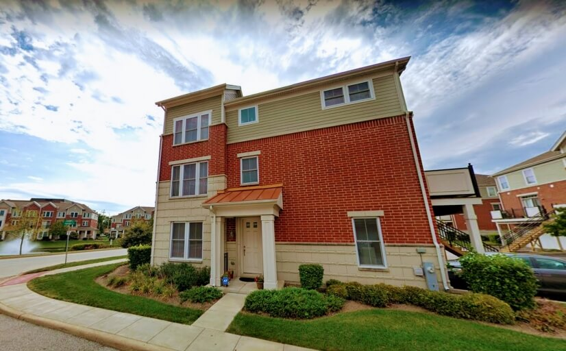 Beautiful townhouse in Arlington heights