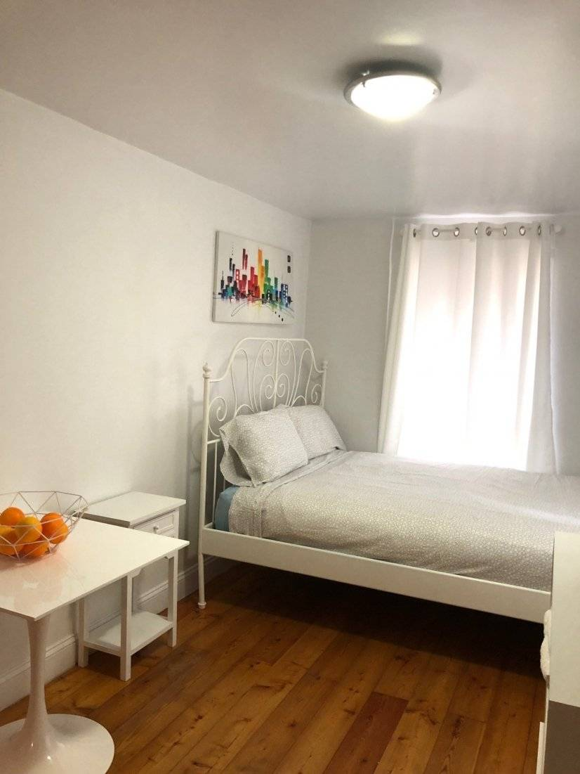 Lovely West Village Studio Prime Area