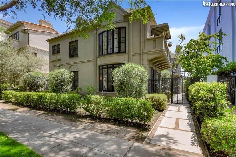 Beverly Hills Charming Furnished Gem