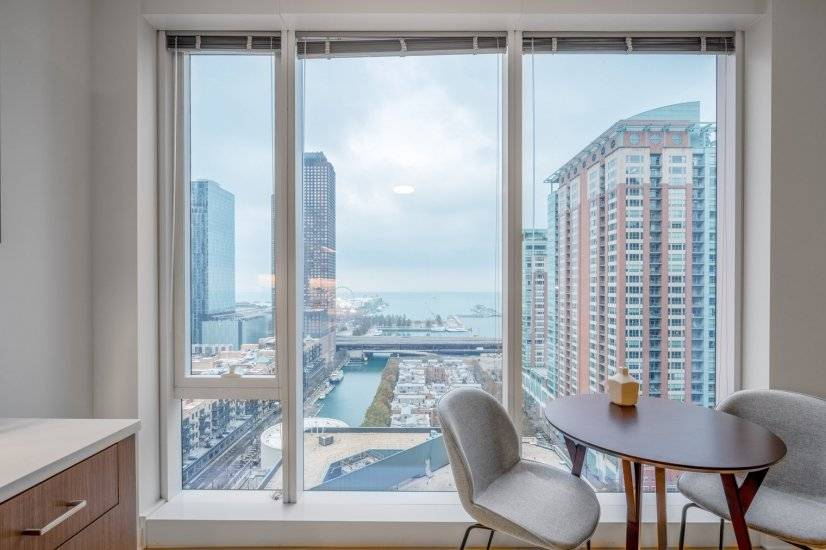 Lux Streeterville 1BR w/ Gym, Pool, W/D