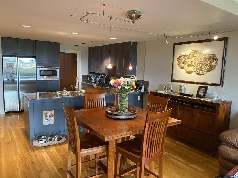 Beautiful Condo in Confluence Park