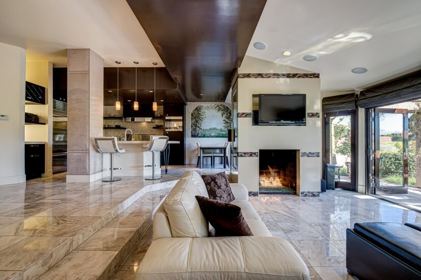 Luxurious Las Vegas Golf Course Condo