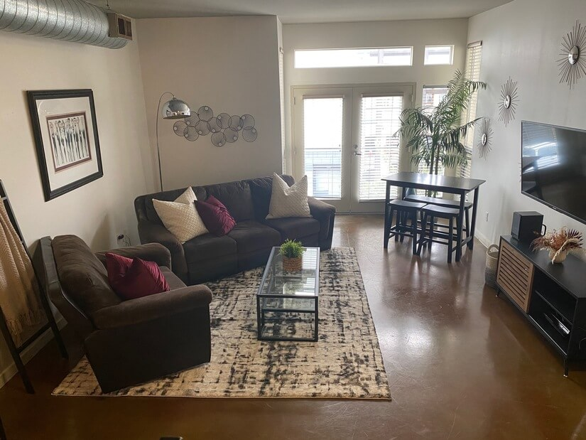 1 Bedroom Loft Style in Gaslamp