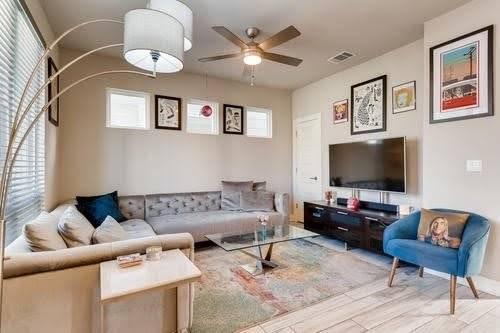 Furnished Modern Home near SoCo & Oracle