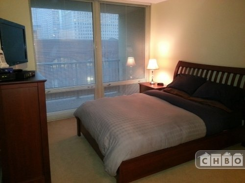 image 9 furnished 2 bedroom Townhouse for rent in Near North, Downtown