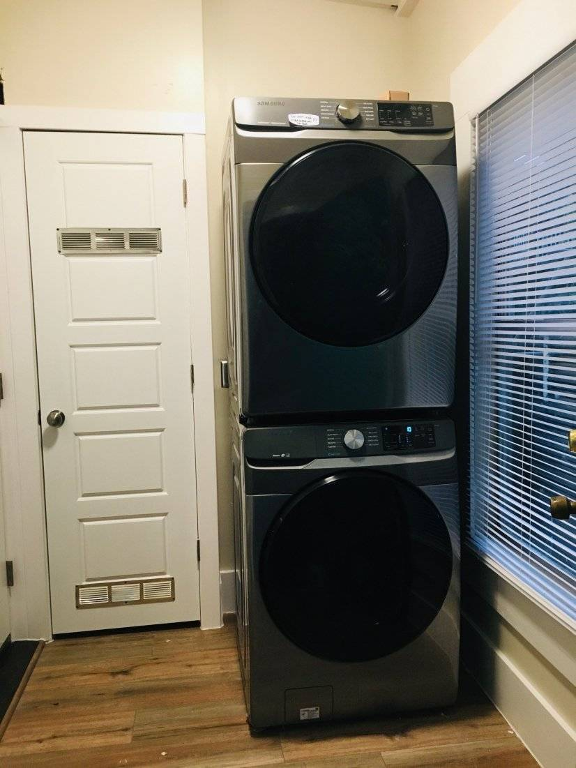 Full washer/dryer