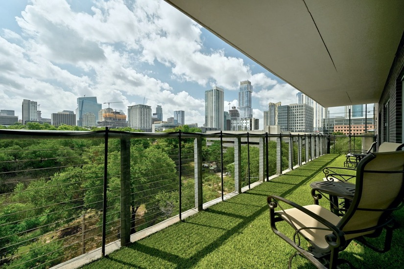 Furnished Condo in Downtown Austin
