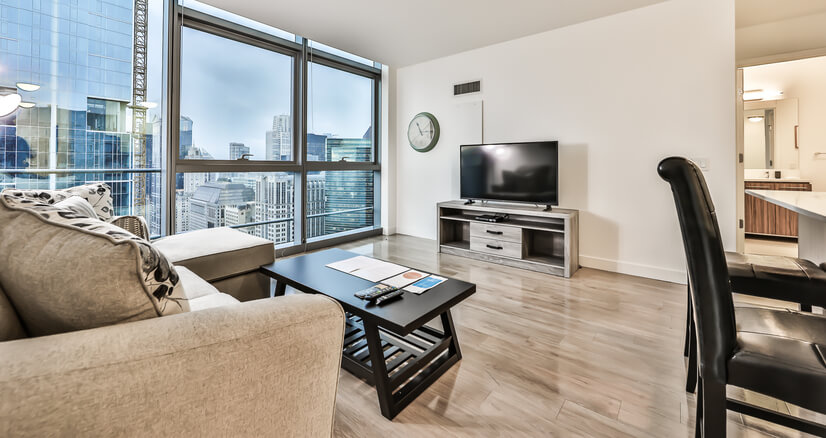 River North 1BR! High Floor - W/D!!