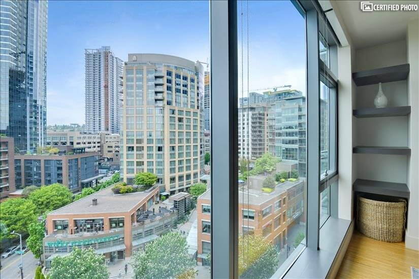 Furnished Condo Downtown Seattle