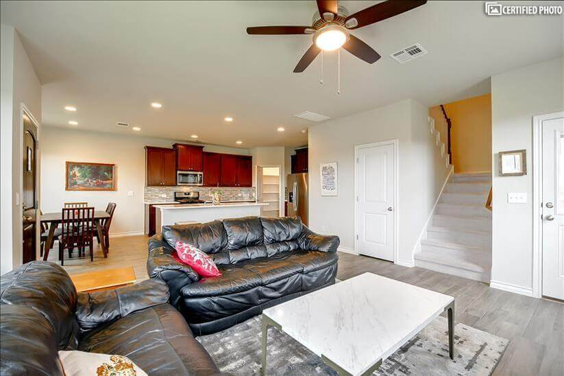 Furnished Condo Austin TX (Muller Area)