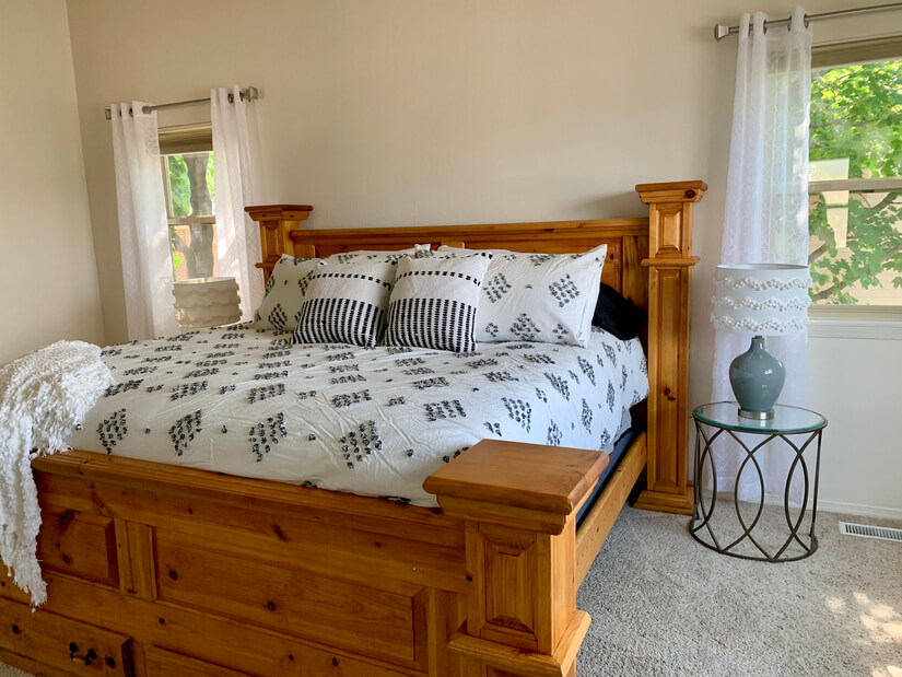 Immaculate, Comfortable & Quiet Location