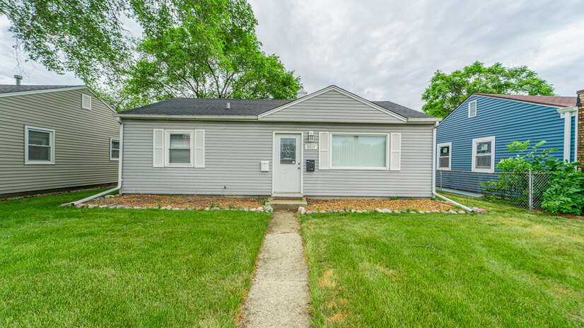 Highland, IN - Entire House Available!