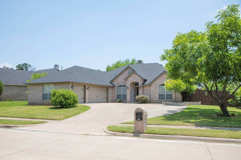 Full Furnished Home in Corinth