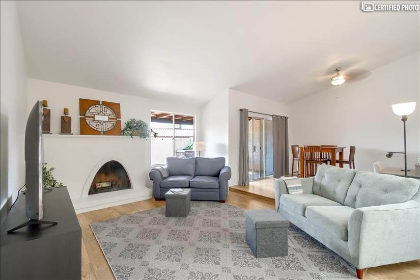 Newly Remodeled Furnished Home-Foothills