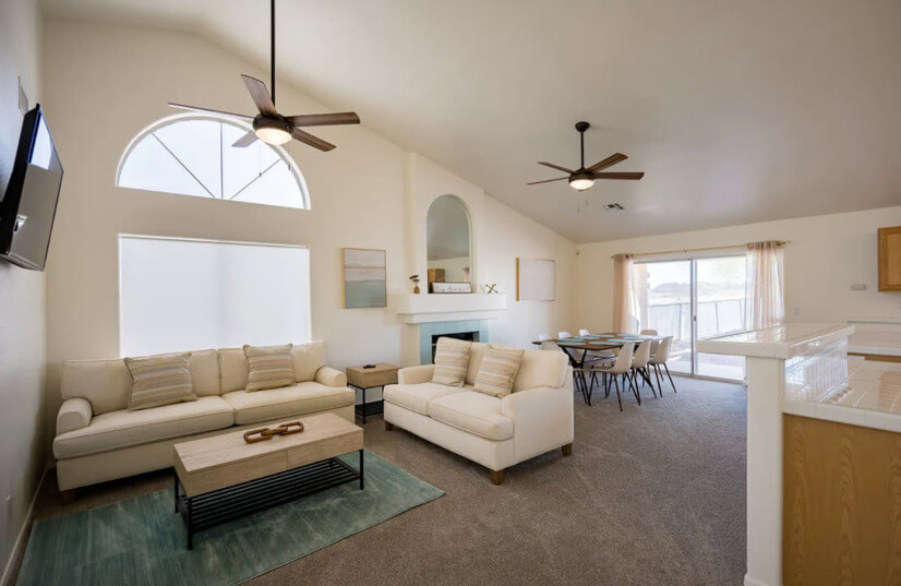 Spacious Furnished Home w/Mountain VIEWS