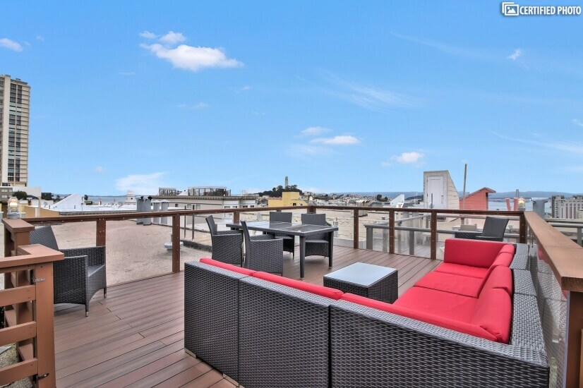 Roofdeck with Spectacular Bay View