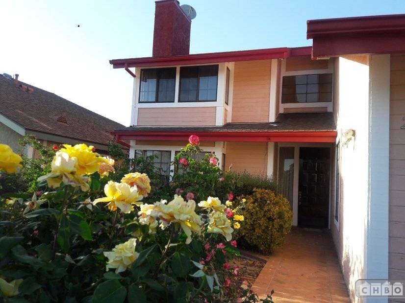 image 2 furnished 4 bedroom House for rent in Canoga Park, San Fernando Valley