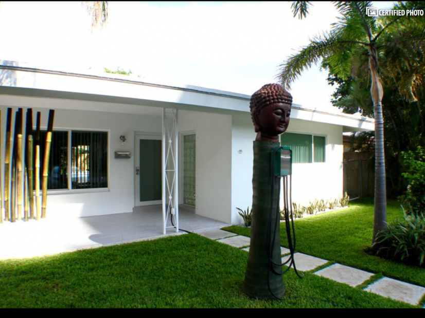 image 2 furnished 2 bedroom Townhouse for rent in Fort Lauderdale, Ft Lauderdale Area