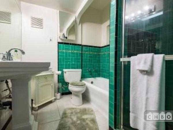 Main Bathroom, w/Towel/Soap