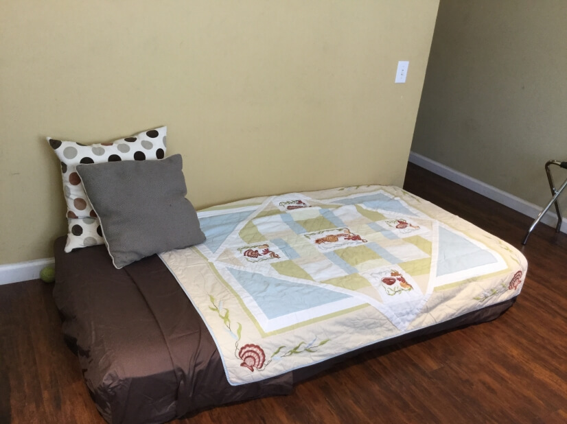 Trundle bed to accommodate overnight guests (Bedrm 4)