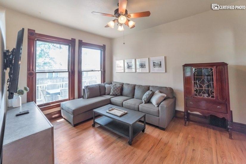 image 11 furnished 5 bedroom House for rent in Capitol Hill, Denver Central
