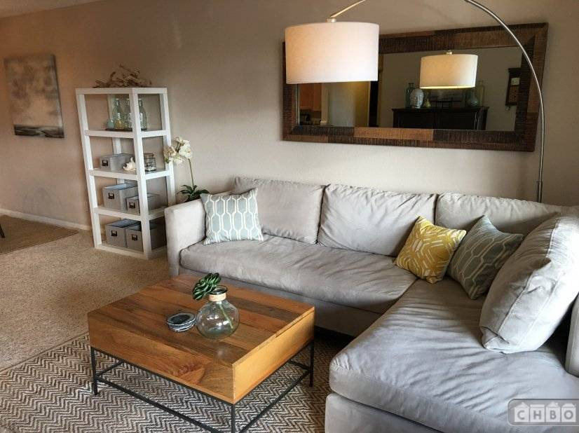 image 2 furnished 1 bedroom Townhouse for rent in Sorrento Valley, Northeastern San Diego