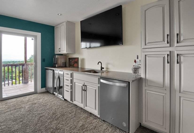 Kitchenette with Ice Maker, Mini Fridge, Sink, & Dishwasher