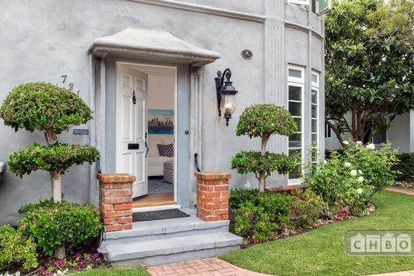 image 2 furnished 1 bedroom Townhouse for rent in Coronado, Western San Diego