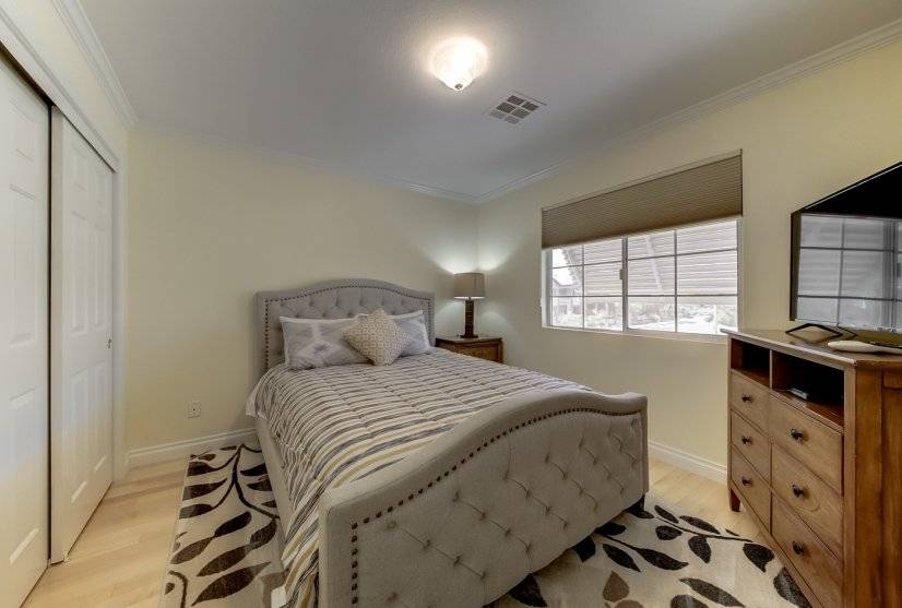image 10 furnished 4 bedroom Townhouse for rent in Paradise, Las Vegas Area