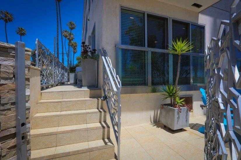 image 7 furnished 1 bedroom Townhouse for rent in Santa Monica, West Los Angeles
