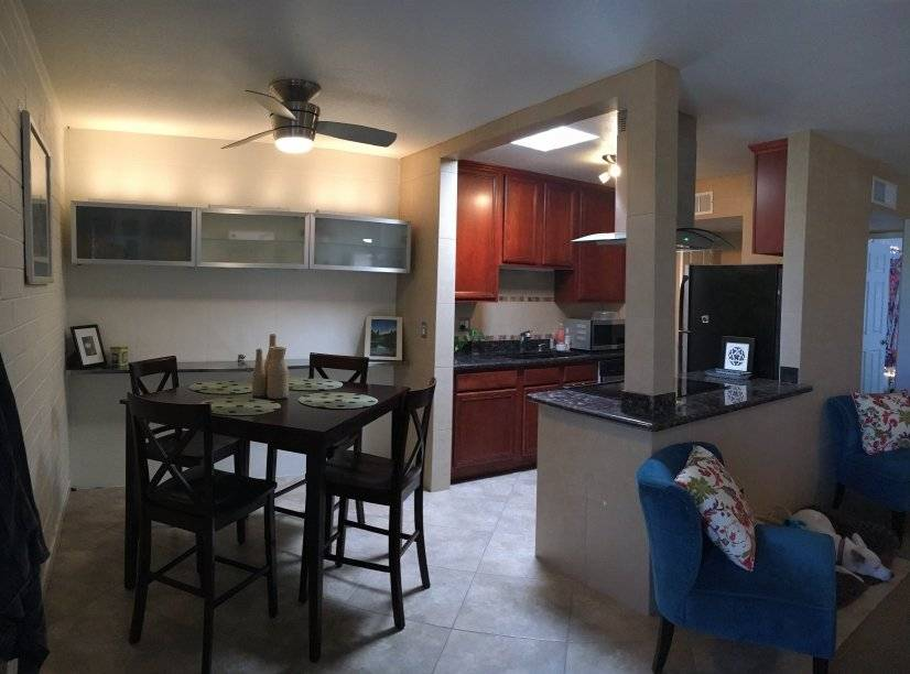 image 2 furnished 1 bedroom Townhouse for rent in Paradise Valley, Phoenix Area