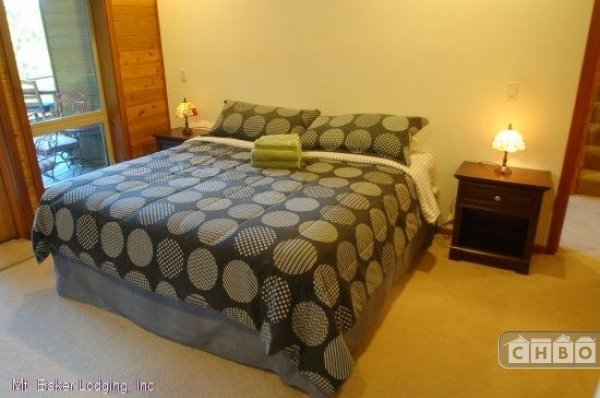 image 9 furnished 3 bedroom House for rent in Mt. Baker, Cascade Mountains