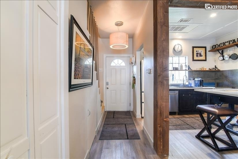 image 4 furnished 2 bedroom Townhouse for rent in Oak Lawn, Dallas