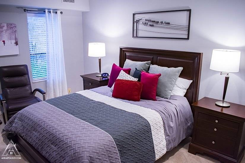 Bedroom with Queen Bed and two closets