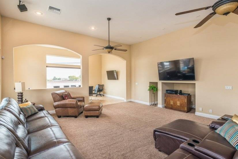 image 10 furnished 5 bedroom House for rent in Spring Valley, Las Vegas Area