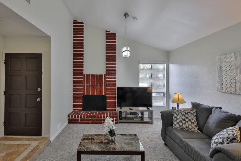 image 3 furnished 3 bedroom Apartment for rent in Bakersfield, Kern County