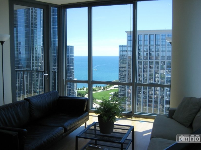 image 9 furnished 2 bedroom Townhouse for rent in Loop, Downtown