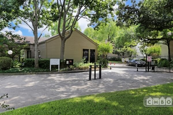 Idlewood Condominiums, 10049 Westpark Dr., Houston, Tx.