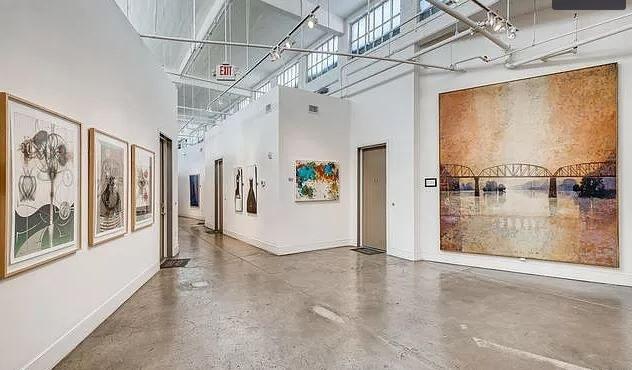 Urban living Enjoy Arts, Culture, & Nightlife