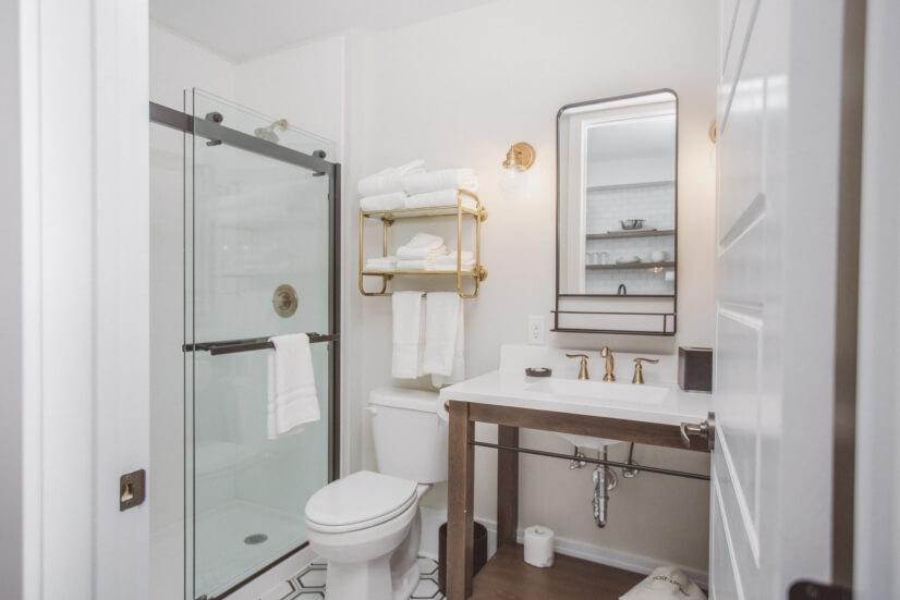 One Bedroom King Suite 4