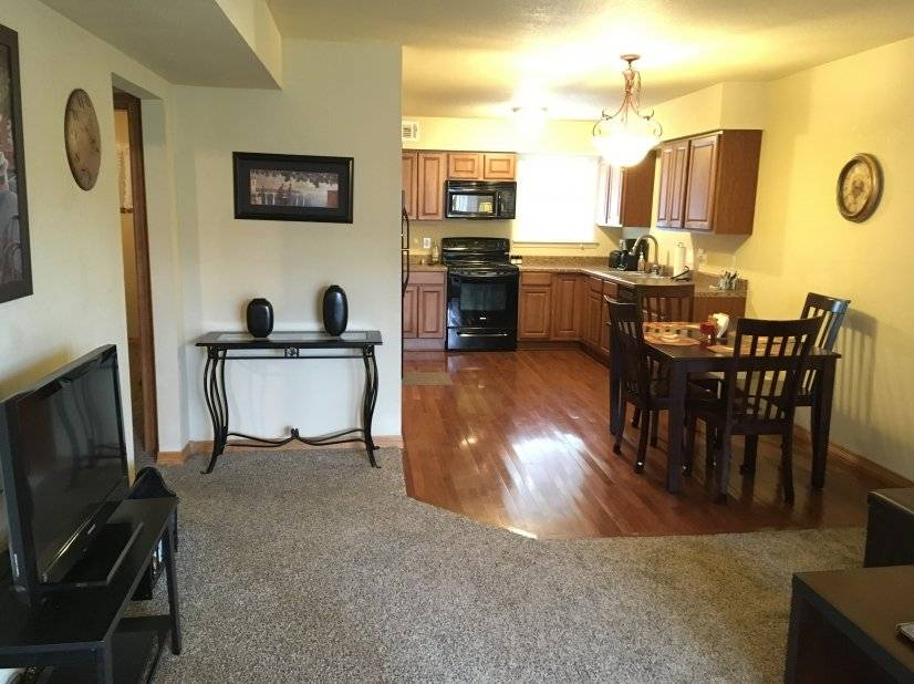 Fully Furnished 1BR 1 B Condo Bills Pd -