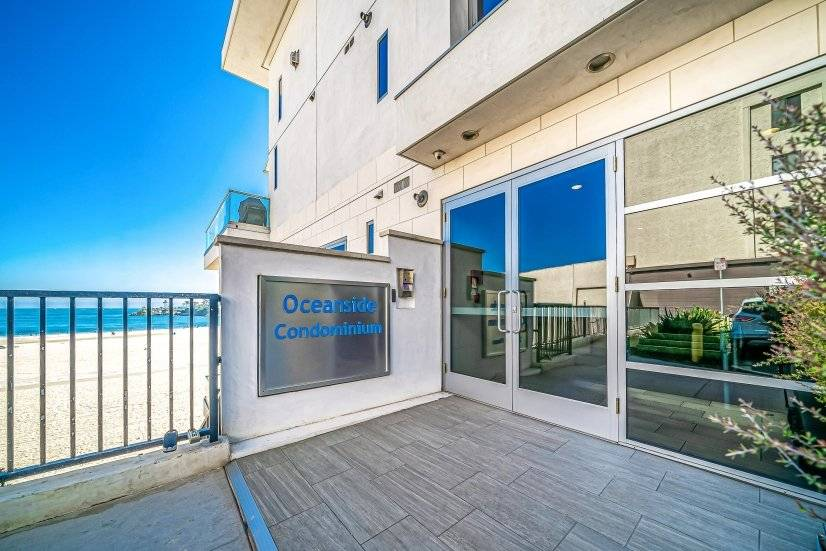 image 3 furnished 2 bedroom Townhouse for rent in Long Beach, South Bay