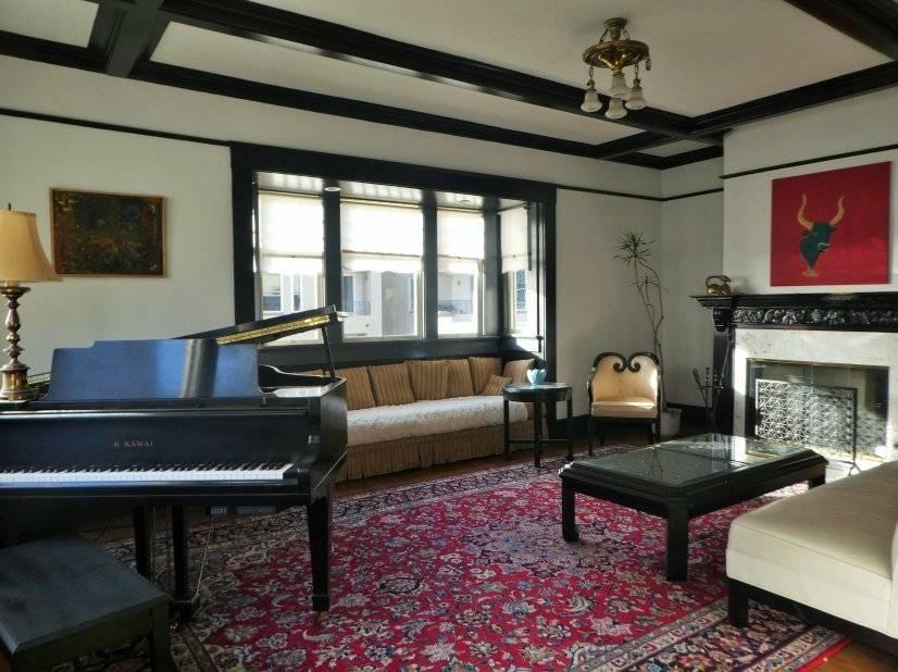 image 6 furnished 5 bedroom House for rent in Park West, Central San Diego