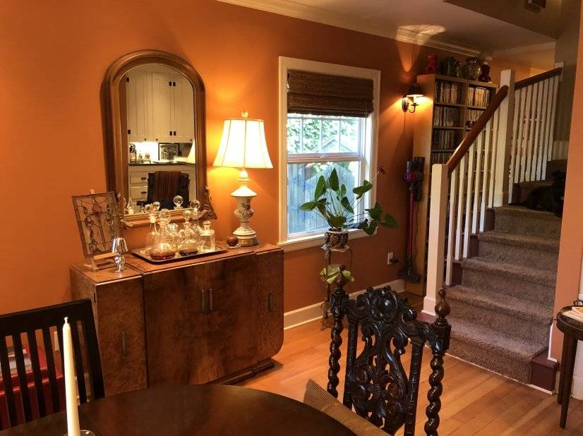 More dining room.