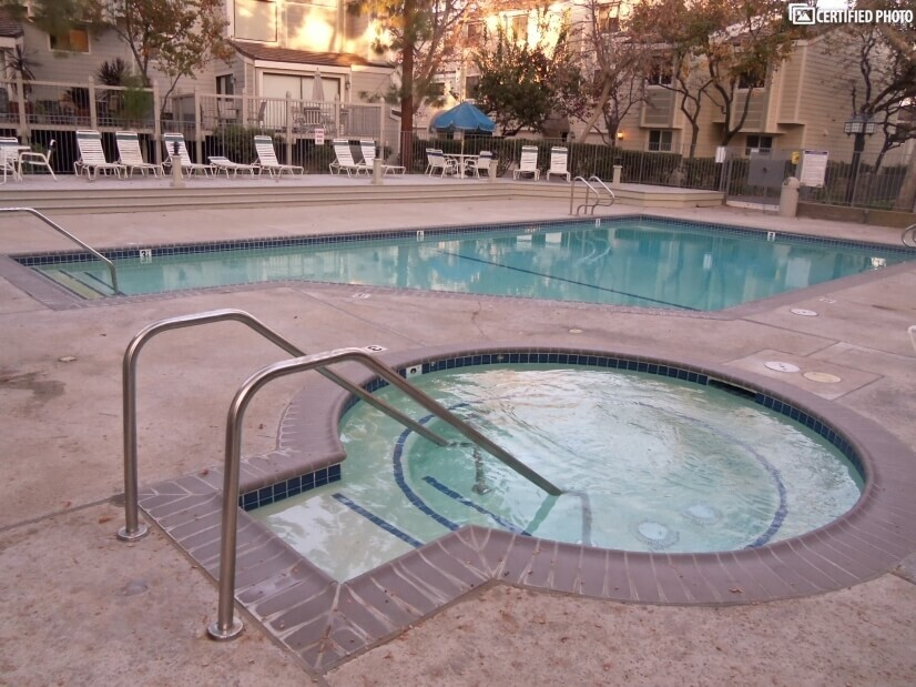 Heated Hot Tub and Pool