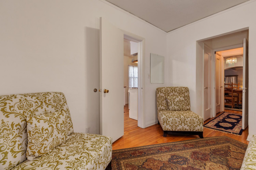 image 10 furnished 3 bedroom Townhouse for rent in Mid City, Metro Los Angeles