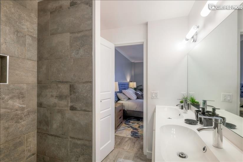 Master bath off bedroom