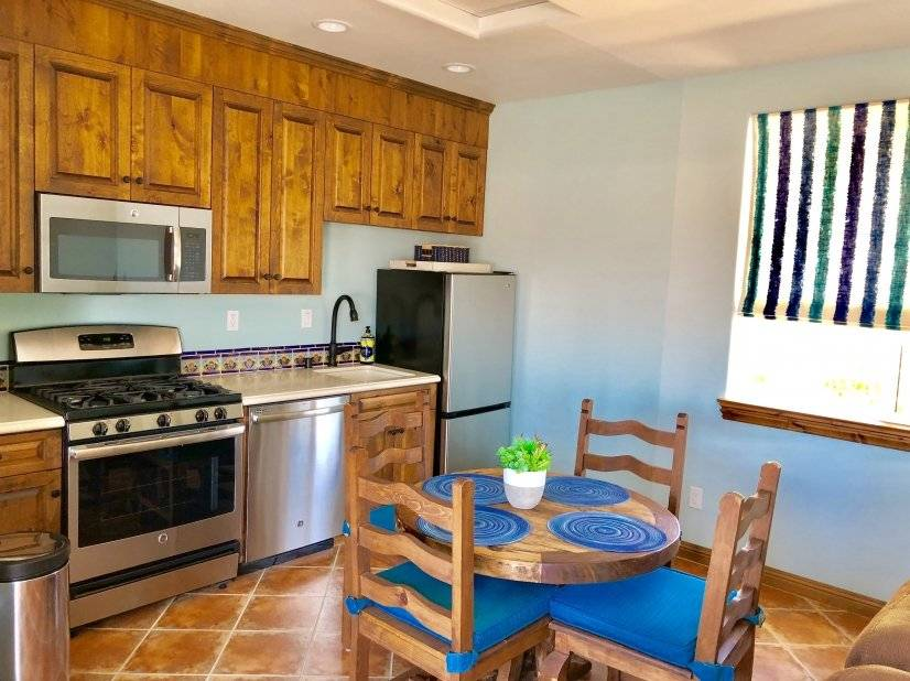 image 4 furnished 1 bedroom Hotel or B&B for rent in Encinitas, Northern San Diego